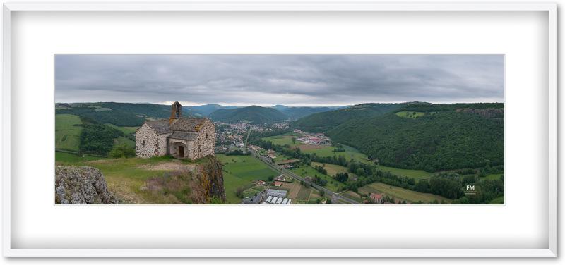 Panorama de la chapelle Sainte Madeleine au dessus de Massiac